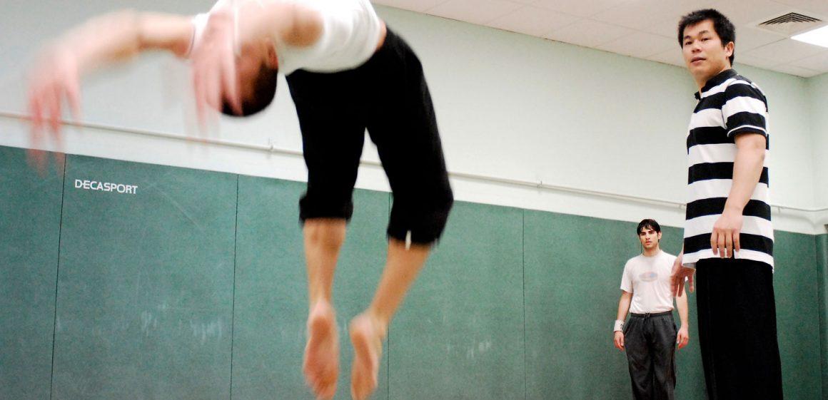 Yung BIAU LIN - pendant un cours d'acrobatie